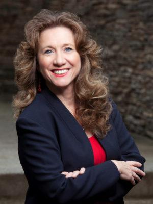 Elaine McCraw photo